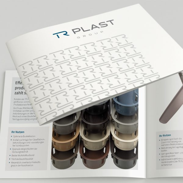 mr. pixel KG | TR Plast Firmenbroschüre
